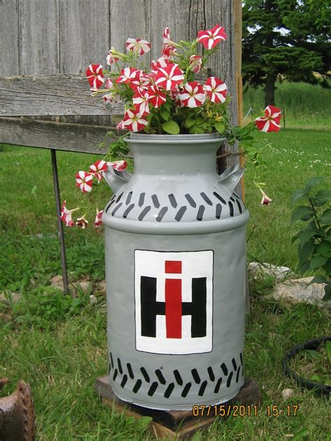 Milk Can Planter by Ih Milk Can Planter Style Milk Planters And Milk Cans