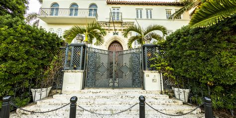 gianni versace house versace mansion 20 amazing facts about gianni versace s casa casuarina heading to
