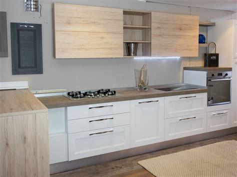 cucine moderne in rovere cucina moderna legno white e rovere in offerta convenienza