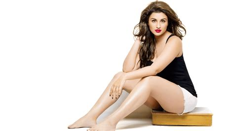 wallpaper for pc hot parineeti chopra wallpapers hd download free 1080p
