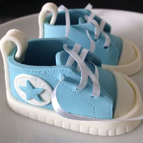 Baby Shower Gifts Diy by Tauftorte Converse Beartblog
