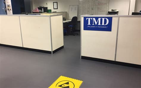 Interlocking ESD Flooring For Commerce And Industry