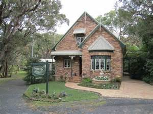 s cottage luxury bed and breakfast killcare see