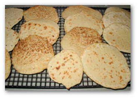 dinner cakes four grain flatbread