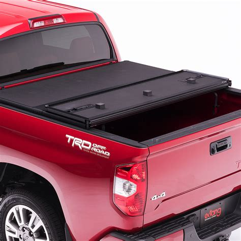 folding bed cover 2015 2018 chevy colorado extang solid fold tonneau cover