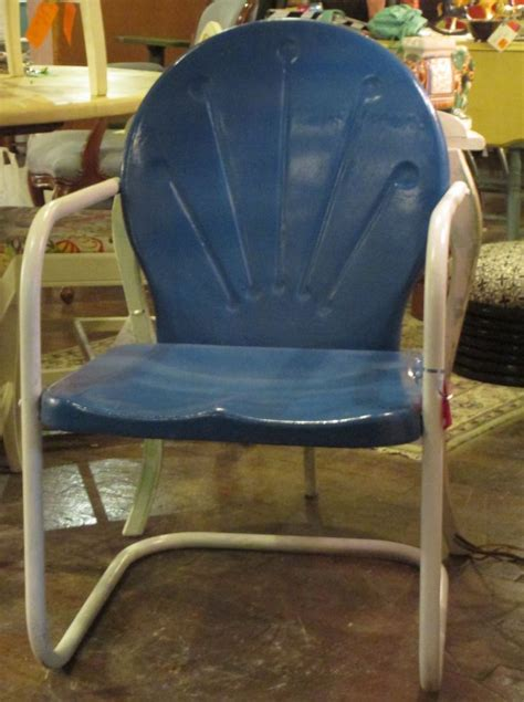 vintage metal chair colors 1000 images about retro lawn chairs on metal