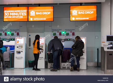 easyjet check inn easyjet passenger bag drop baggage dropping point for