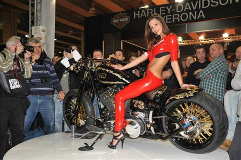 girls  motorcycles pics  comments page