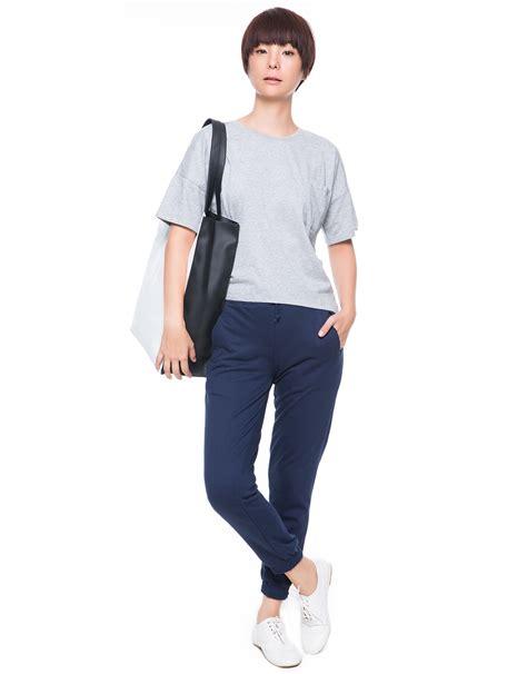 T Shirt Wanita Kaos Crop Polos Tangan 3 4 Zhenit Collection front crop t shirt abu abu mataharimall