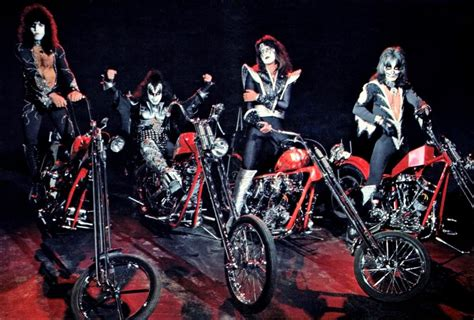 Motorrad Kuss by Just A Car Chopper Photoshoot From The 70 S