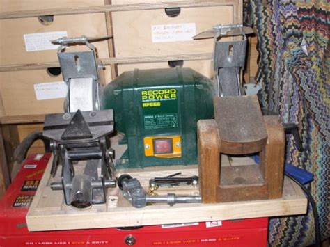 sharpening chisels on a bench grinder download chisel sharpening jig bench grinder