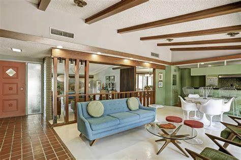 attractive Mid Century Modern Interior #2: rawImage.jpg