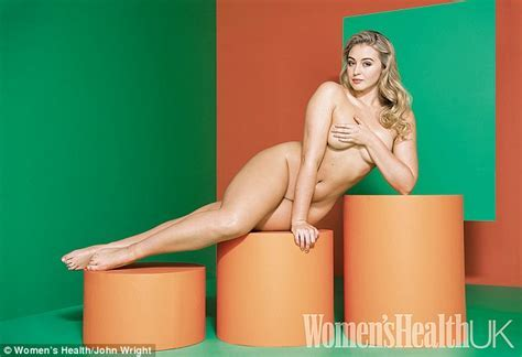 Curvy Model Iskra Lawrence Bares All In A Naked Photoshoot Daily Mail Online