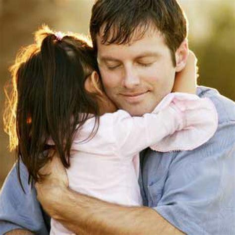 dosa anak membuat orang tua menangis pelukan ayah membuat anak cerdas mandiri cara merawat