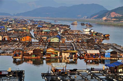 the incredible floating cities of china entire bays - Boat City