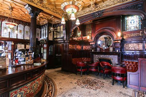 Philharmonic Dining Rooms Liverpool 190 year pub in belfast pics