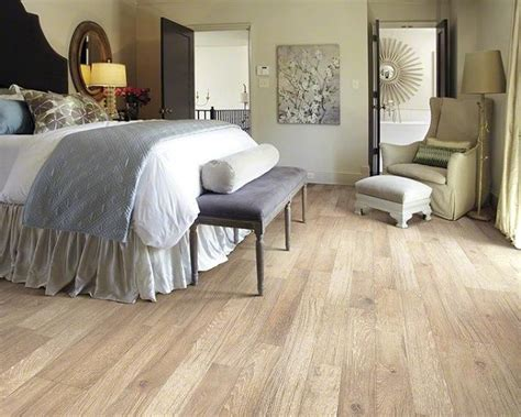 stylish wood laminate flooring for beautiful bedroom