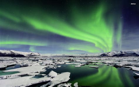 free desktop lights free iceland northern lights wallpaper 171 wallpapers