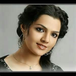 Arya ambekar hot arya ambekar marathi beauty n glamour