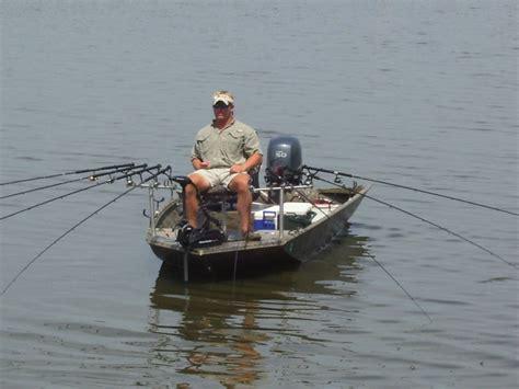 tracker boats tree snugger versatrack boat accessories