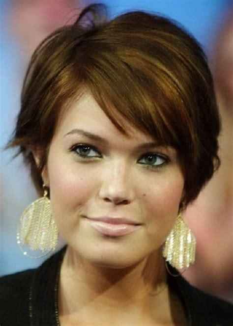 short hair middle age round face 25 beautiful short haircuts for round faces 2017