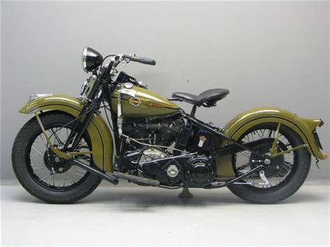 Harley Davidson White Brown white v necks self storage and on