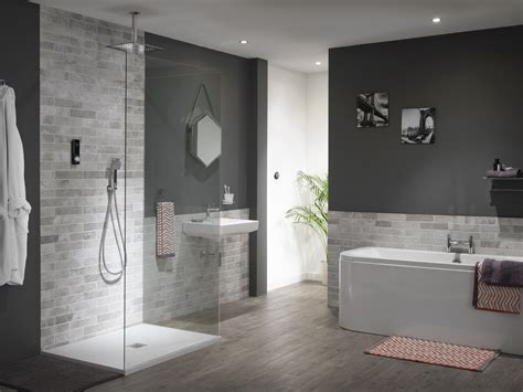 latest shower trends  create stand  bathrooms