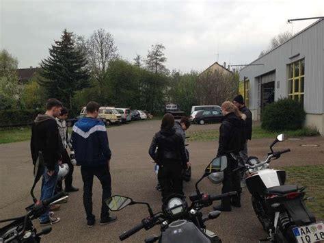 Ohne Führerschein Motorrad Fahren fahren ohne f 252 hrerschein motorrad fotos motorrad bilder