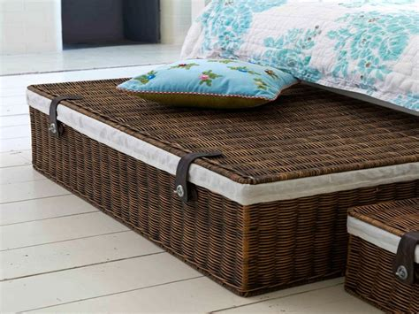 The Bed Storage On Wheels by Best 25 Underbed Storage With Wheels Ideas On