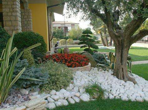 esempi di giardini rocciosi rotatoria bertola