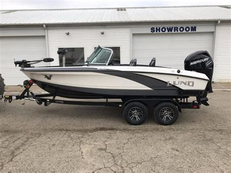 lund bowrider boats bowrider lund boats for sale boats