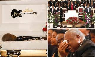 bb kings family lay   rest  funeral  tribute  obama daily mail