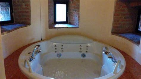 hotel con suite e vasca idromassaggio residenza di charme borgo rivalta suite con vasca