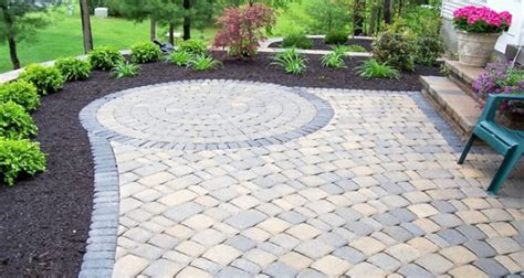 Simple Backyard Patio Ideas Alei Elegante Cu Pavele De Piatra Naturala
