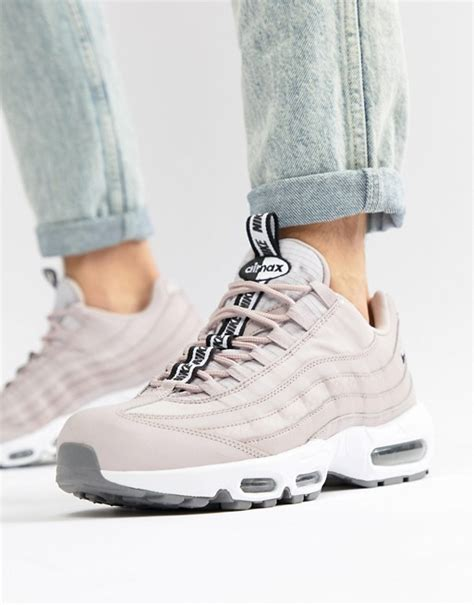 Nike Air Max 200 Asos by Nike Nike Air Max 95 Se Trainers In Pink Aq4129 600