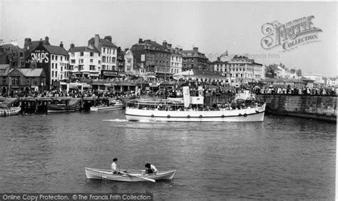 boat harbour club cinema photo of bridlington boys own in the harbour c 1960