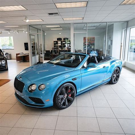 bentley convertible blue the 25 best bentley convertible ideas on