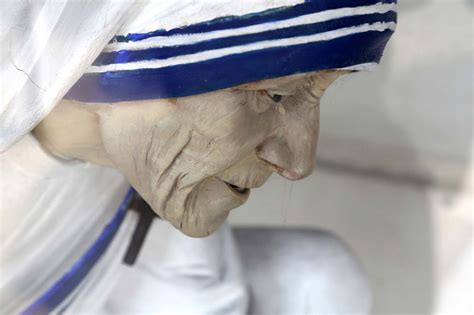 mother teresa biography in french mother teresa life and achievements