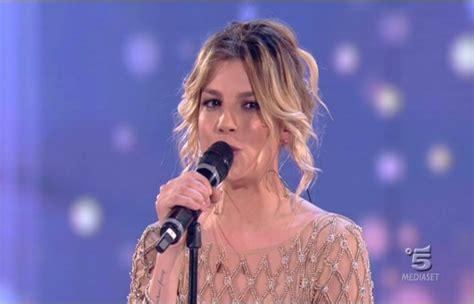 Amici 2013 Il Look Di Emma Marrone Per La Semifinale