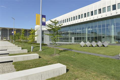 Albany Mba by File Ualbany Business School Jpg Wikimedia Commons