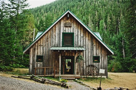 Salem Cabins by Travis Opal Creek Wedding Salem Wedding