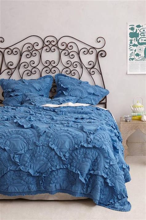 new anthropologie rivulets quilt wedgewood blue