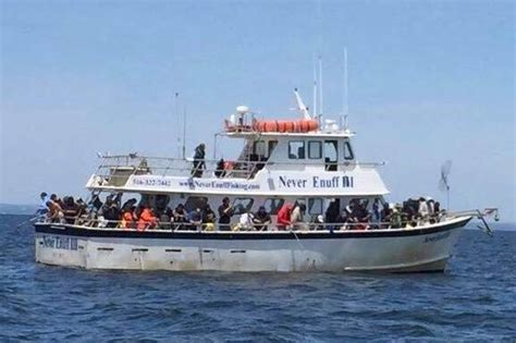 fishing boat trips in nyc ny city island boat rentals charter boats and yacht