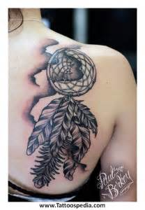 lovely dream catcher tattoo on shoulder for girls all