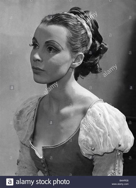 claire actress younger claire bloom actress dbase stock photo 20059827 alamy