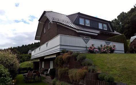 Günstige Terrassenüberdachung by Sitzecke Balkon Dekor