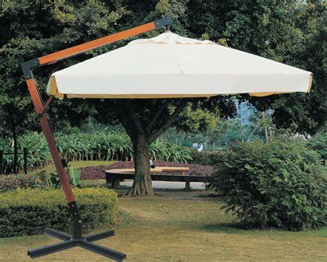 ombrellone da giardino decentrato ombrellone da giardino 3x4 in legno maxima arredo