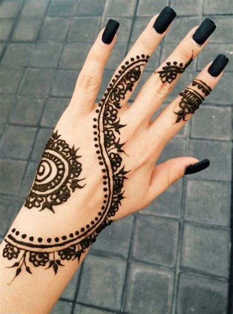 where can you buy a henna tattoo kit 25 best ideas about small snowflake on