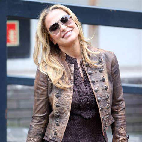 Anastacia Gets On by Anastacia Gets Kitchen Tips From Tv Cook News