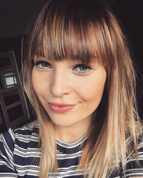 image result for blunt bangs and balayage coiffure coiffures m 232 ches et beaut 233 pony bangs froufrou balayage hair bangin hair en 2018 cheveux et beaut 233